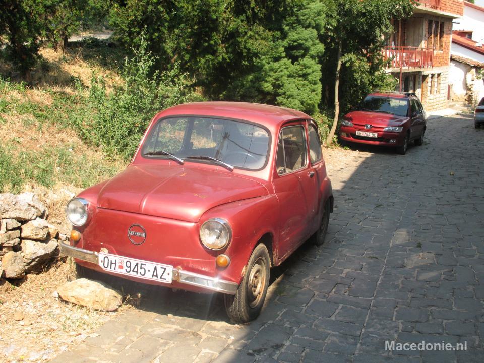 Oldtimer in de straten van Ohrid